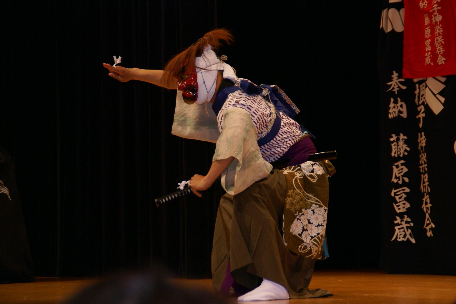平賀大さんの演舞